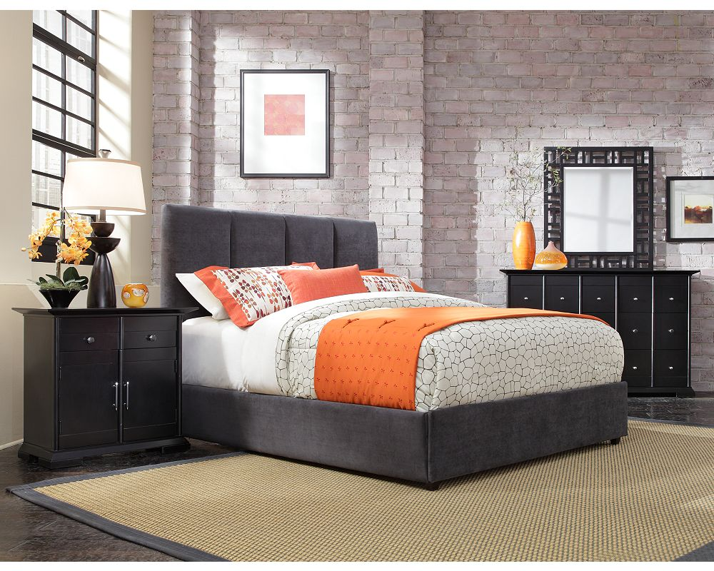 Penley Upholstered Bed | Broyhill | Broyhill Furniture