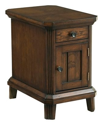 Estes Park Chairside End Table Broyhill