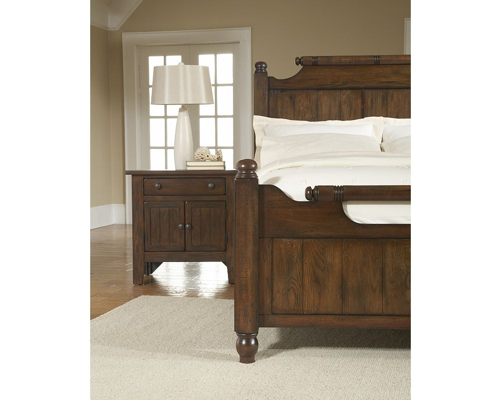 Attic Heirlooms Feather Bed | Broyhill | Broyhill Furniture