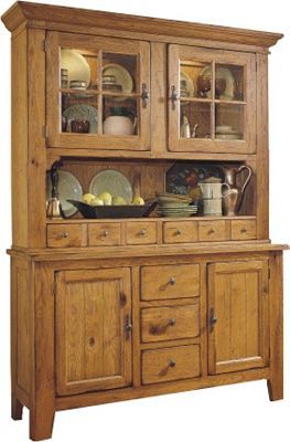 Attic Heirlooms China Hutch Broyhill
