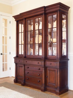 Genial Breakfront China Cabinet Dining Room Furniture Thomasville
