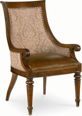Attirant Ernest Hemingway® Marceliano Upholstered Arm Chair