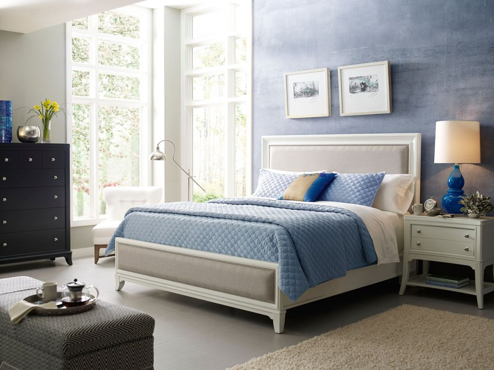 Thomasville white bedroom furniture