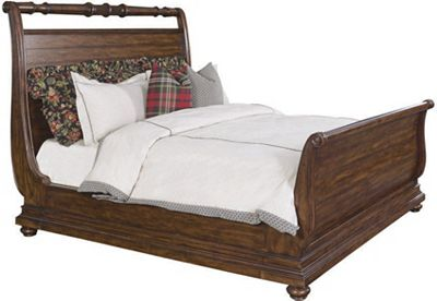 Britain Abby Lane Sleigh Bed (King)